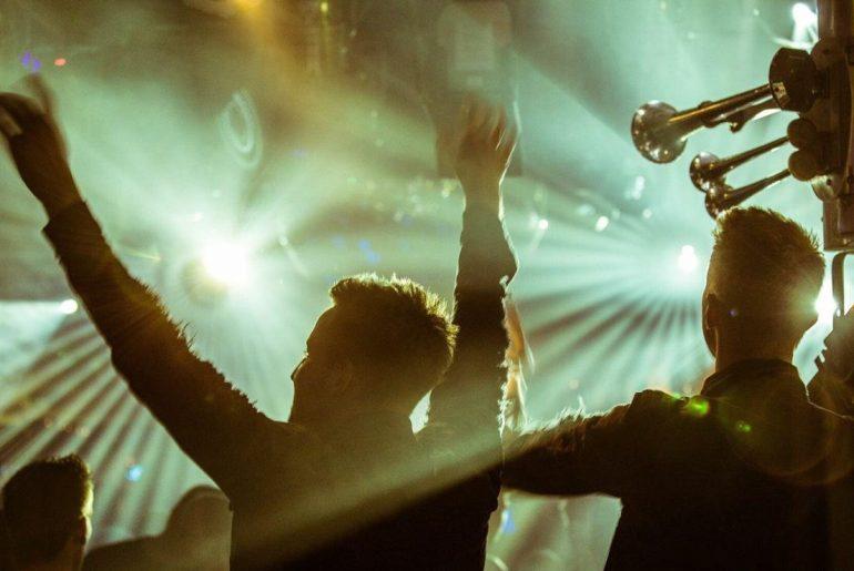 Resensed auf der Bühne