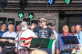 Fonsstock 2018, Samstag: Shantychor Nordenham mit dem Sänger der Porters (Foto: Claus Hock)