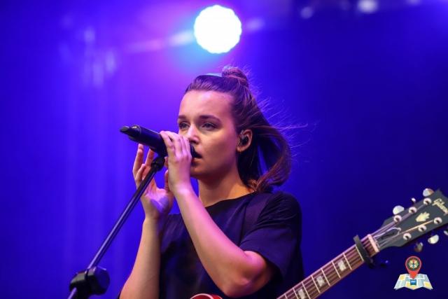 Die Sängerin Lotte auf dem Kultursommer 2018 in Oldenburg (Bild: Claus Hock)