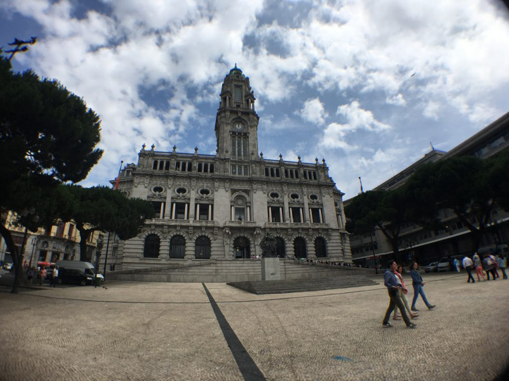 Das Rathaus von Porto (Bild: Mareike Wübben)