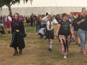 Ab zum Quidditsch-Training: Ein Blick von der Tribüne auf's Feld. (Bild: Verena Sieling)