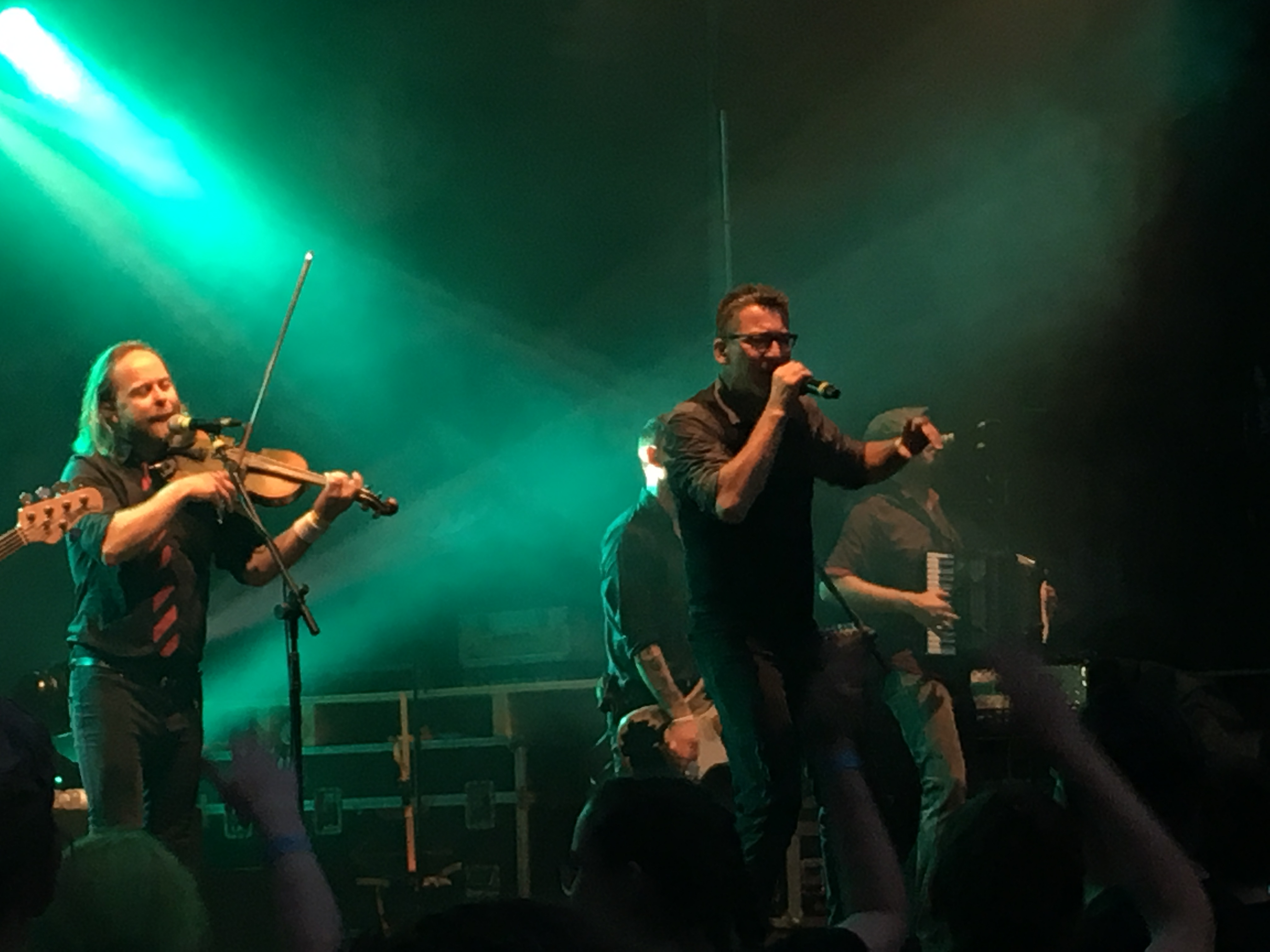 """Rockten auf irische Art: """"Fiddler's Green"""". (Bild: Verena Sieling)"""